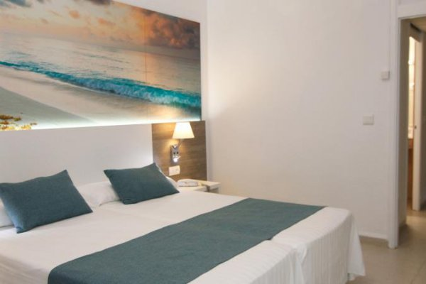 Premium Twin Room - Mar Amantis I