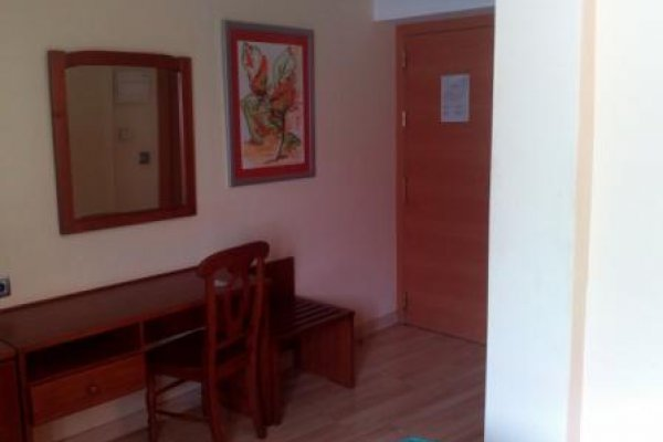 Economy Double Room (1 or 2 adults)
