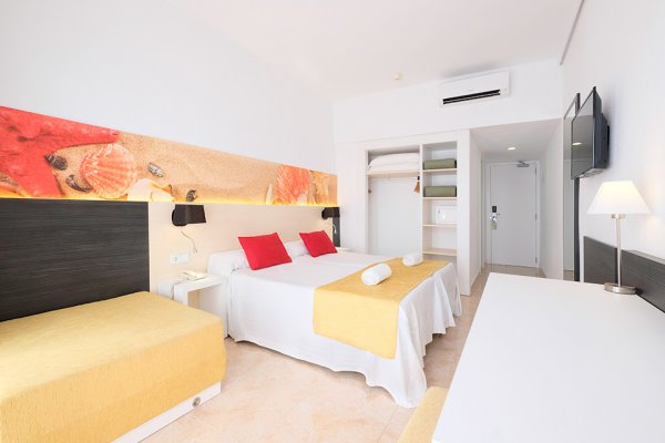 Premium Room - Garden / Sunset Terrace 2/3 pax