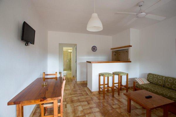 http://secure.neobookings.com/thumbs/ha4453-1142-apartamento-a_600x400.jpg