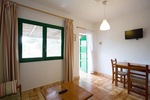 http://secure.neobookings.com/thumbs/ha4453-7679-apartamento-a_600x400.jpg