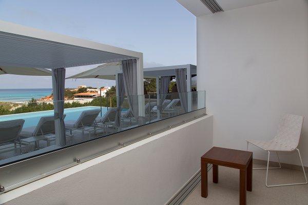 Doppel-/Zweibettzimmer mit Poolblick und Zugang zum Spa