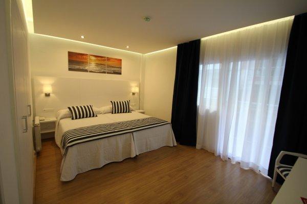 http://secure.neobookings.com/thumbs/ha4519-8248-habitacion-superior-solo-alojamiento_600x400.jpg