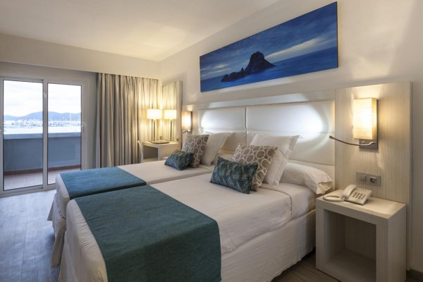 http://secure.neobookings.com/thumbs/ha518-2550-habitacion-doble-deluxe_600x400.jpg