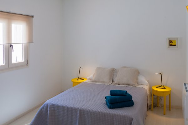 http://secure.neobookings.com/thumbs/ha6483-1322-apartamento_600x400.jpg