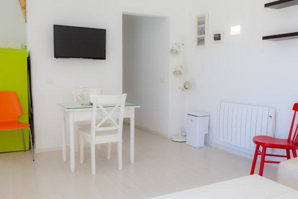 http://secure.neobookings.com/thumbs/ha6483-2164-apartamento_600x400.jpg