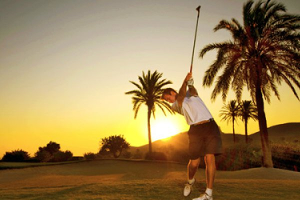 Golf Experience: 7 nights + 5 Green Fee